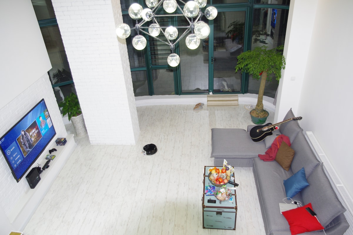 Overview of living room from 2nd floor
