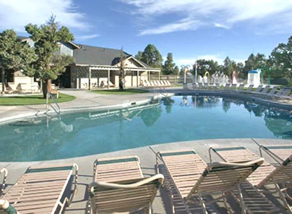 Redmond, OR 1BR Hotel - FREE WiFi! - Redmond - Villa