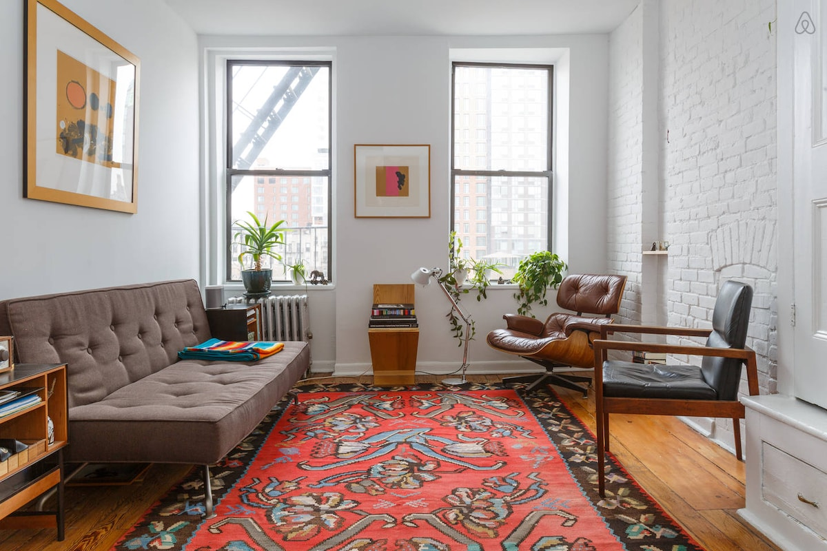 Sunny & Stylish 1BR Lower East Side