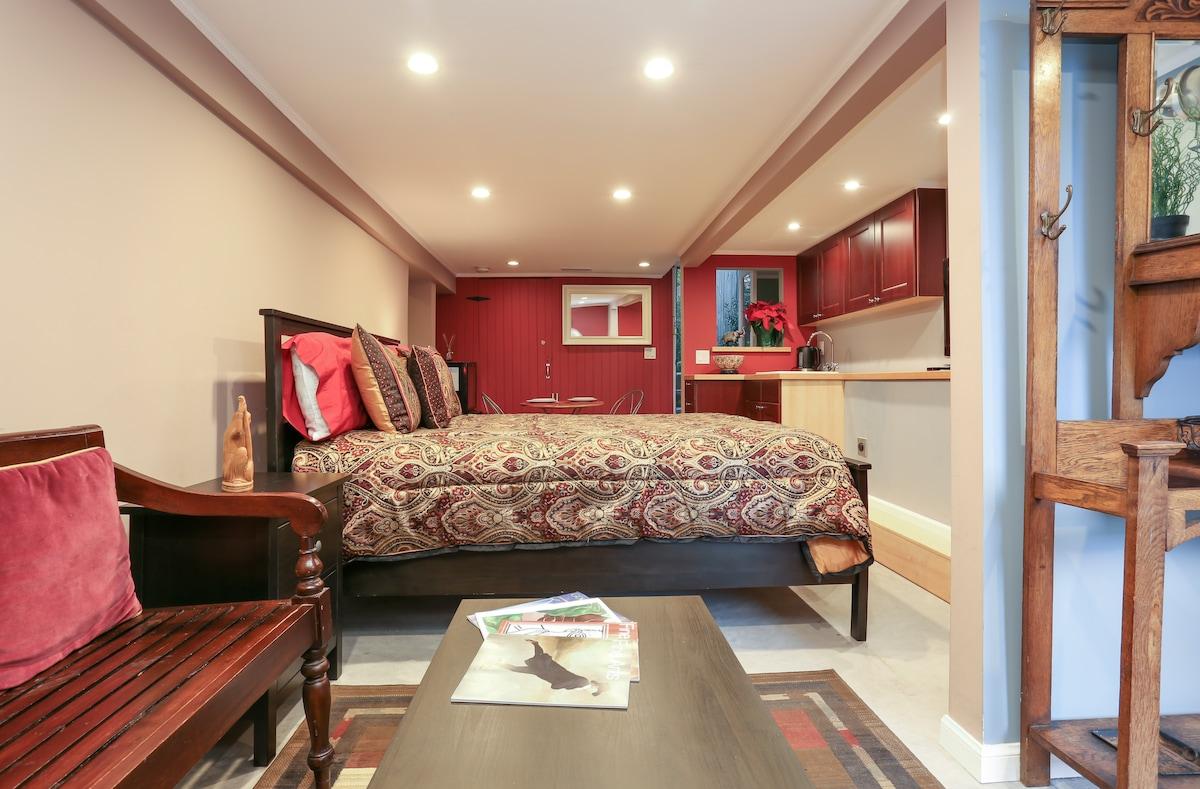 Bernal Heights Luxury Garden Suite