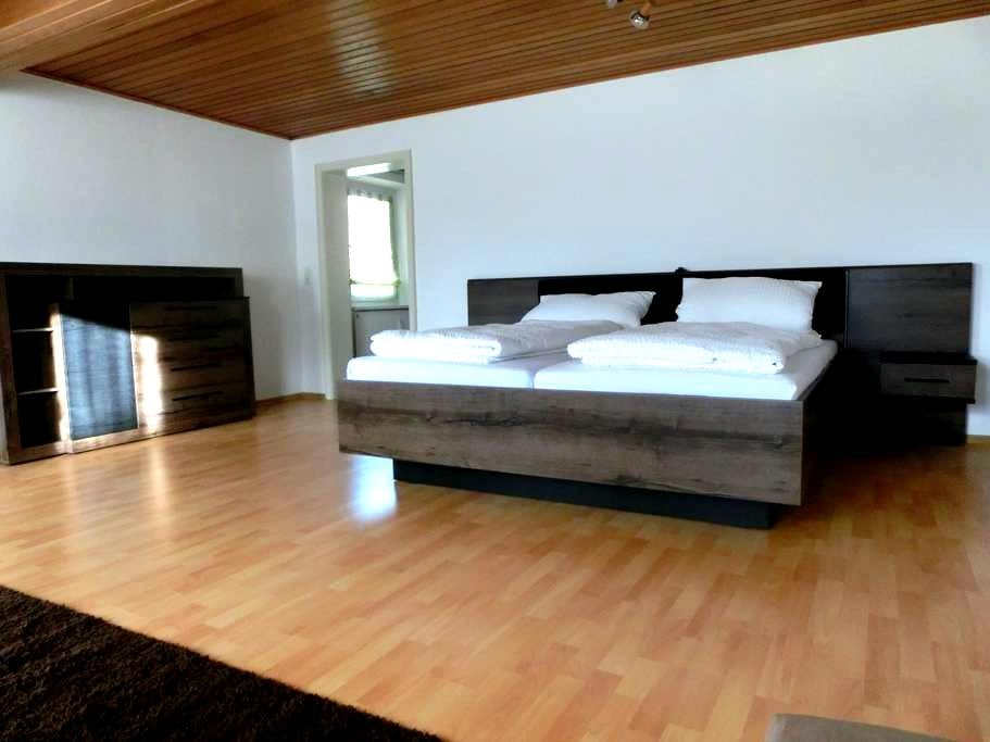Oma Lina´s Ferienhaus, Wh Playmobil - Dietenhofen - Apartamento