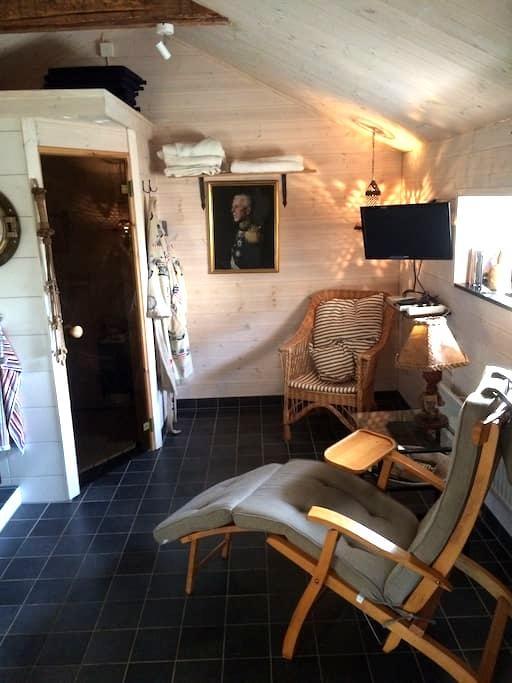 Mysigt rum med spa i Onsala - Kungsbacka V
