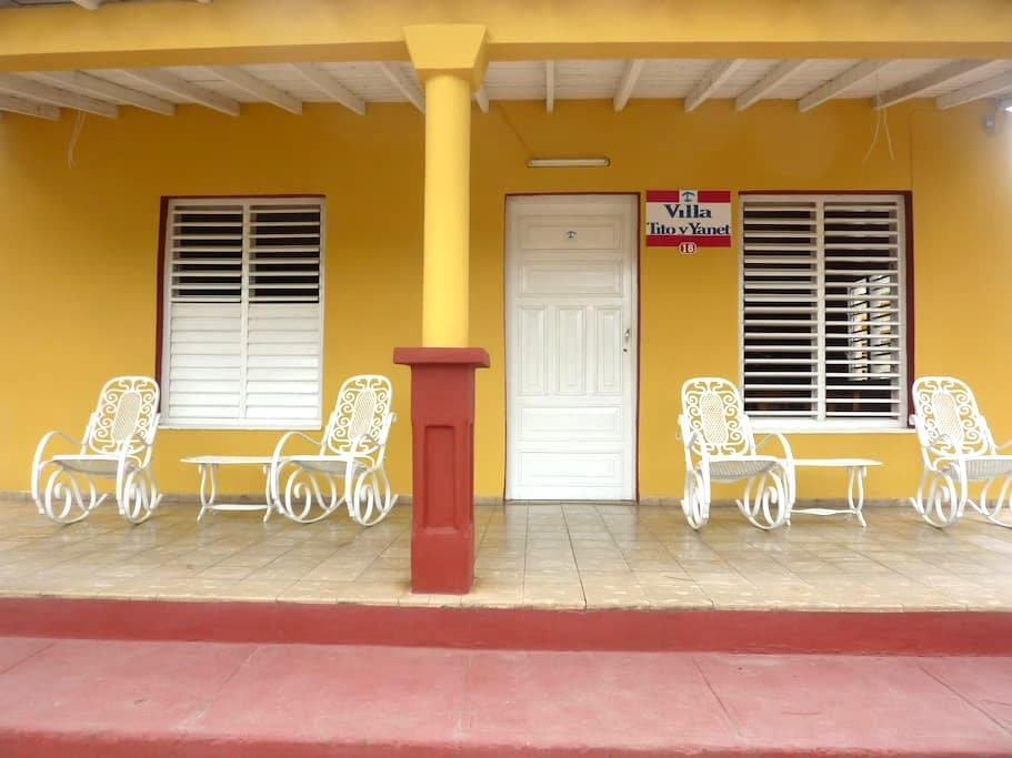 Visite Villa Tito y Yanet - Viñales - Appartement