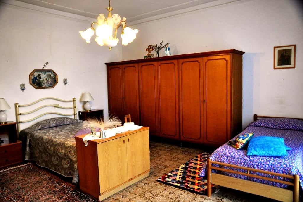 Spaziosa stanza privata - San Casciano In Val di Pesa - Daire