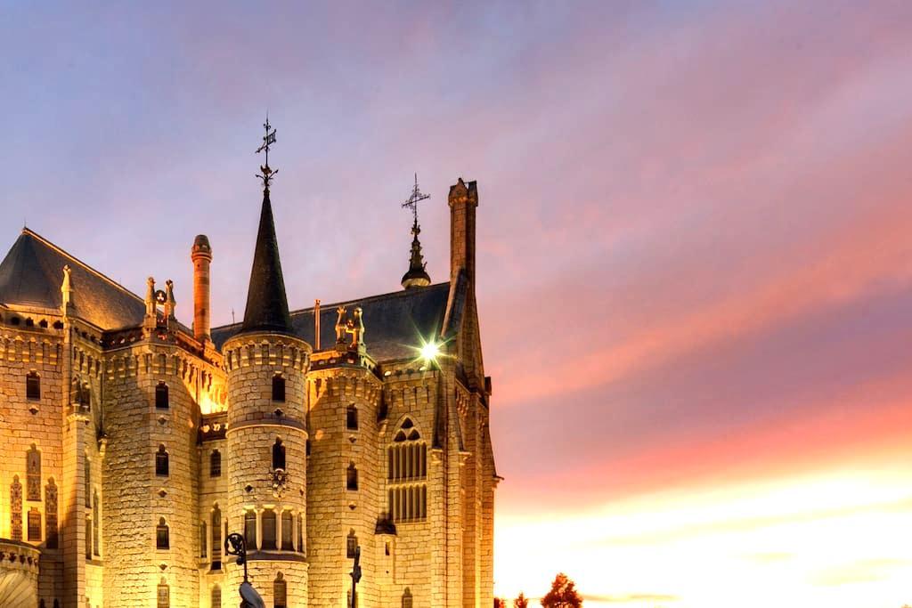 Apartamento a 3 minutos del Palacio de Gaudí - Astorga