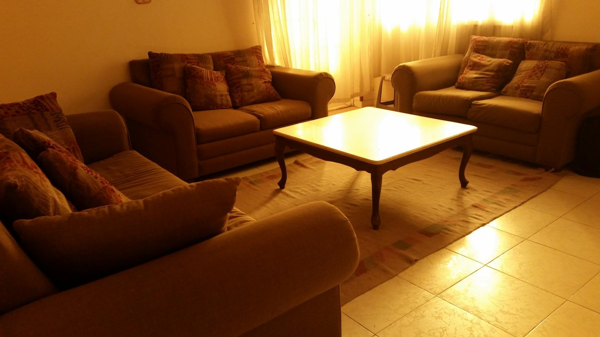 A private room in Ma'adi, Degla