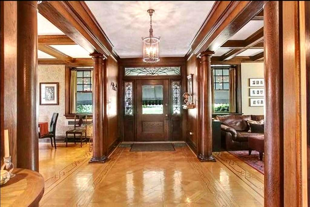 Guest Suite in Historic 1914 Prairie-Mission Home - York - Dom
