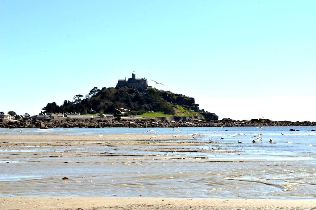 Lovely room with views of the Mount - Marazion - Casa