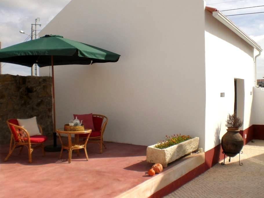 Casas do Bárrio-Casa Avô Agostinho - Alcobaça