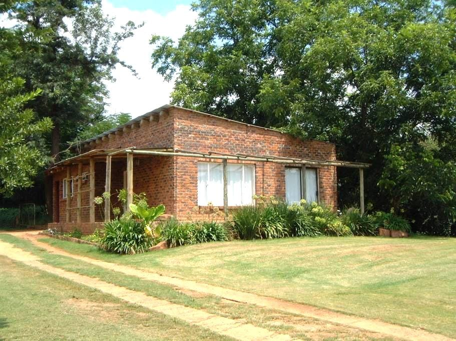 Charis Eco Farm - Magaliesburg - House