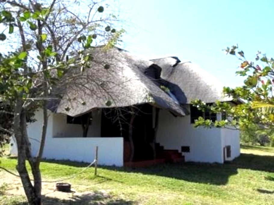 Casa de Praia  Mobilada - Macia - Casa