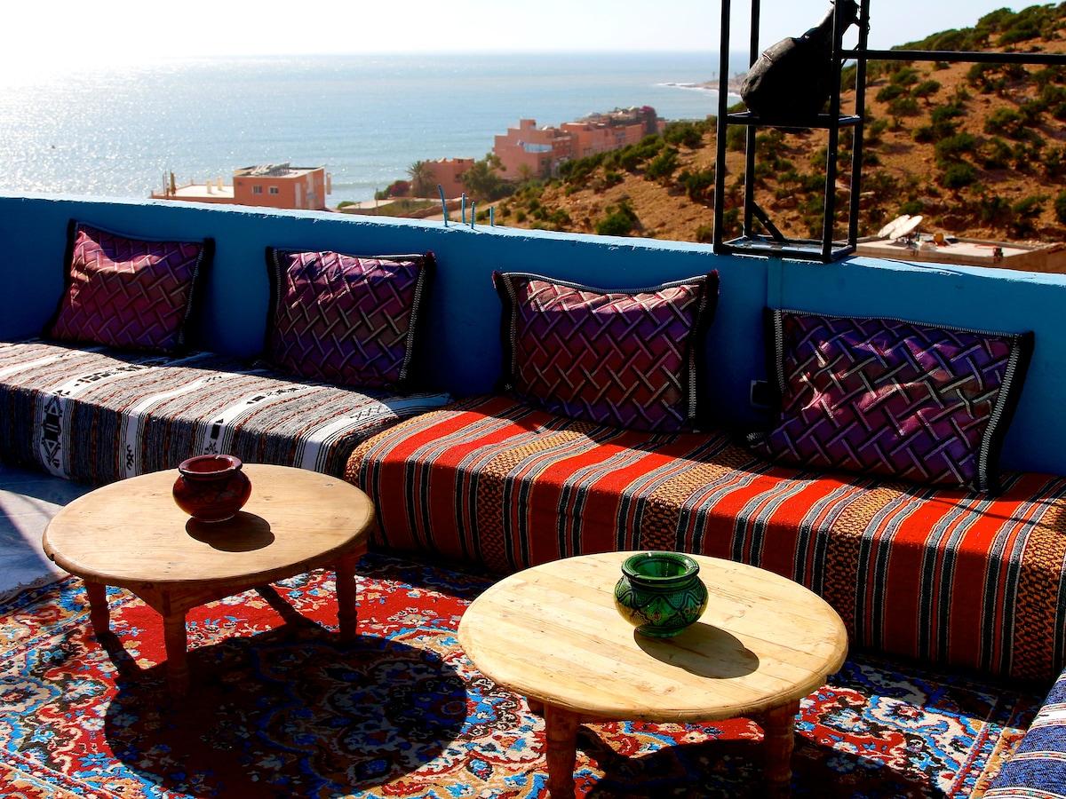 Moroccan Apartment
