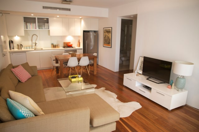 Stylish, immaculate 1 bed apt