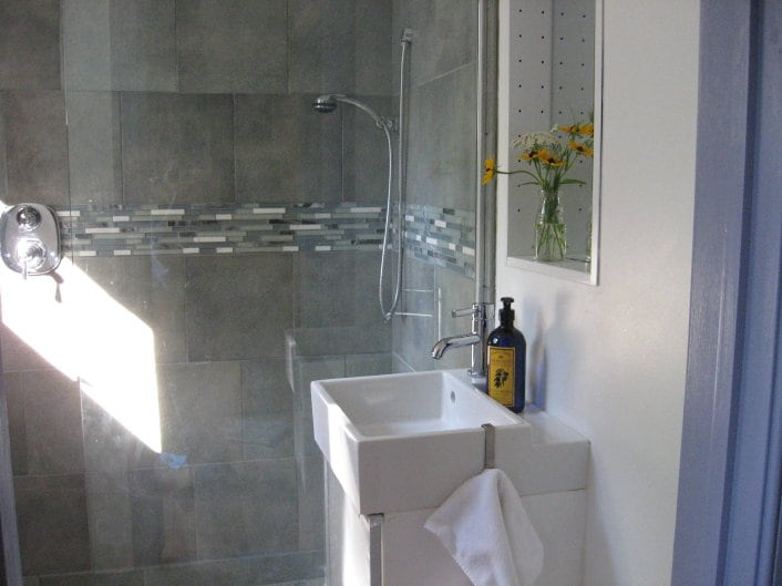 brand new 1st floor bathroom with tiled shower