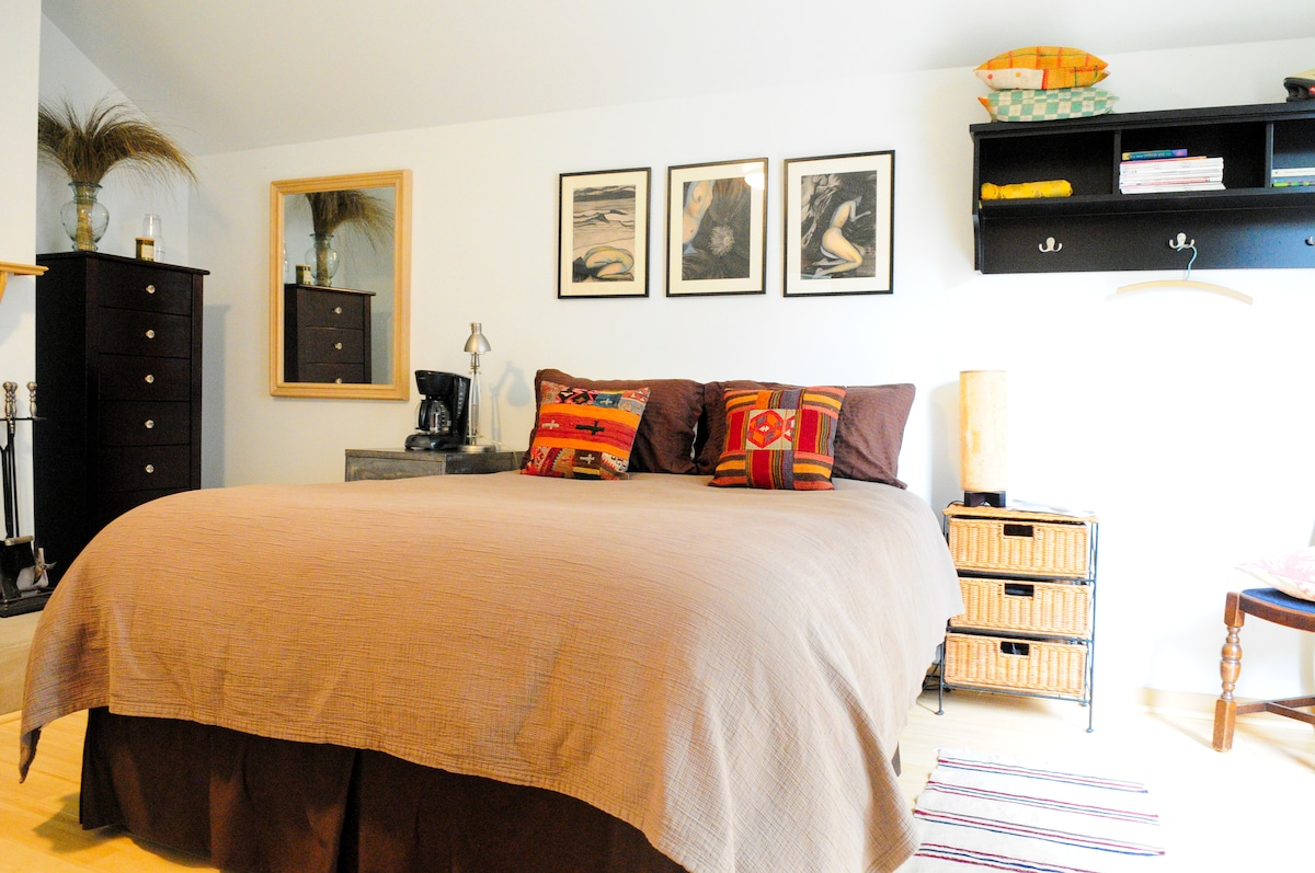 Queen Bed with down comforter or bedspread option