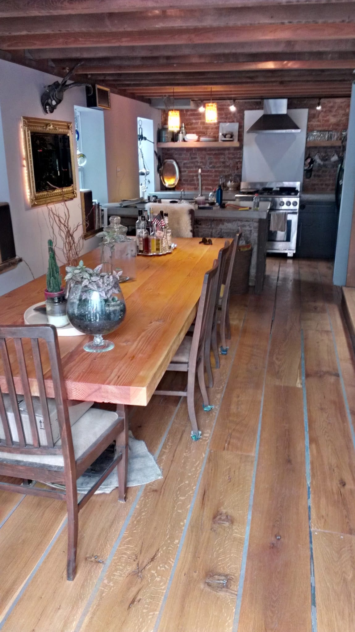 Ten Person Table for Epic Dinner Parties