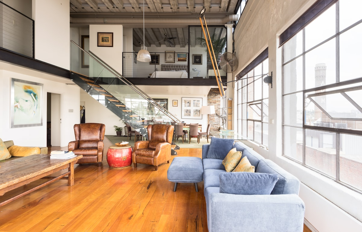 Large studio apartment in Richmond