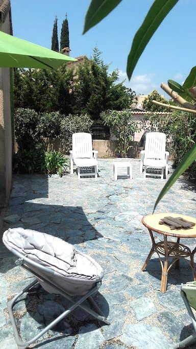 Maison de charme 5mn de la mer,clim - Venzolasca - House