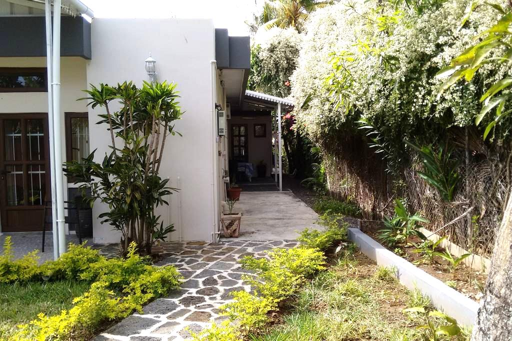Studio in Gardenia Appartments - Grand Baie - Appartement