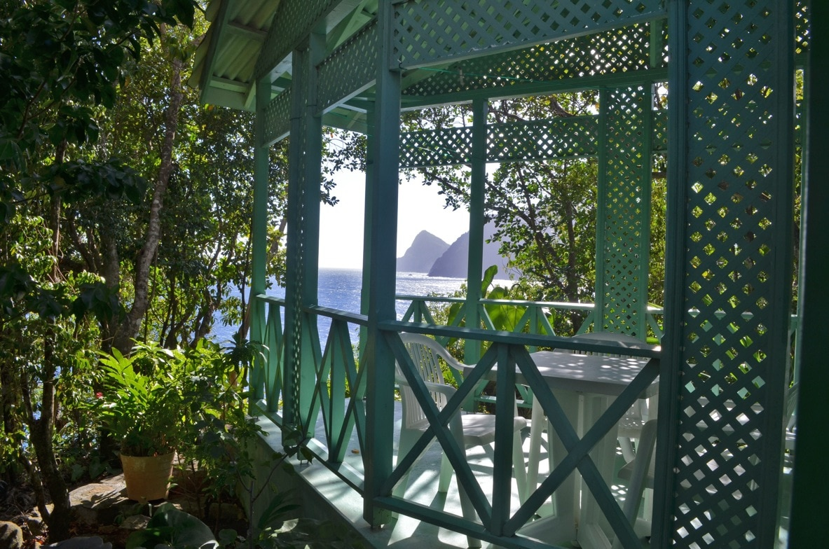 The Green House with sea views