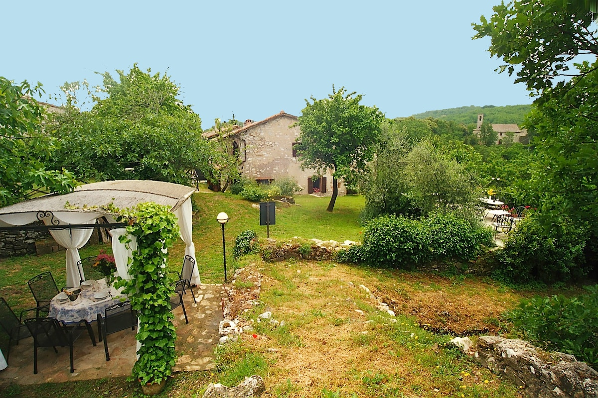 the Vila from the garden