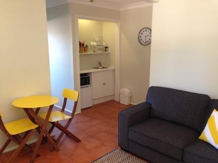 Sydney 1 Bed Apart, pool, Foxtel