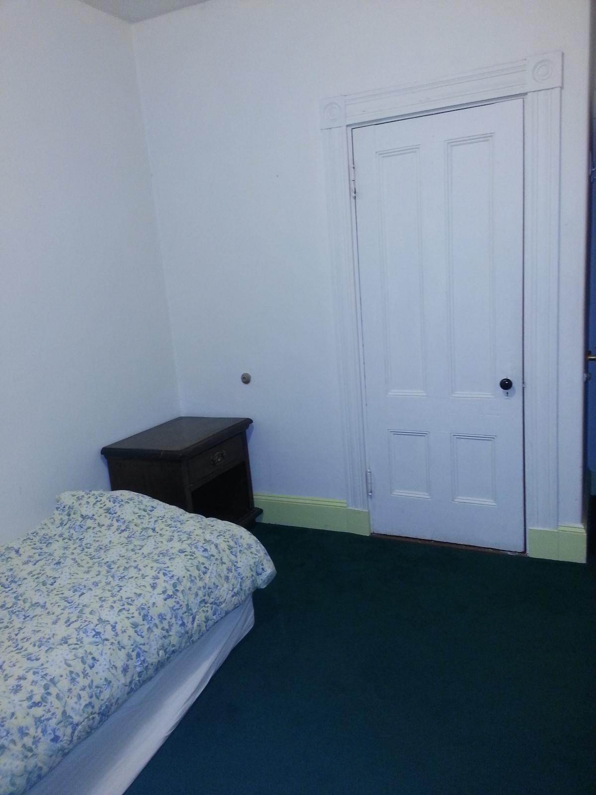 Best safe location 1st floor room 5