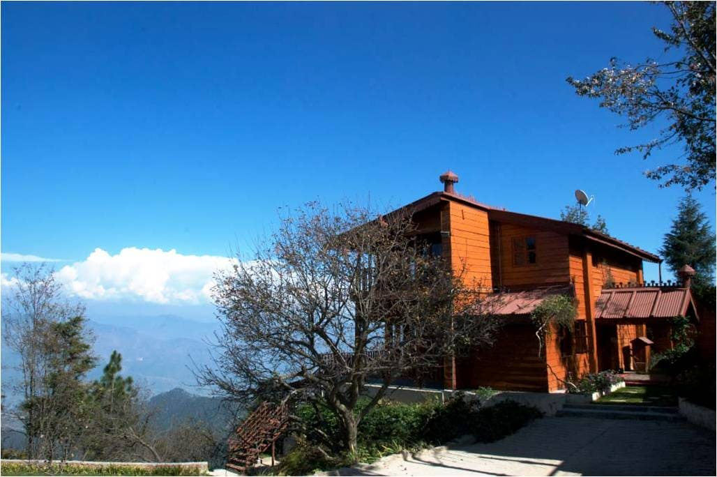 3BR Cottage overlooking himalayas