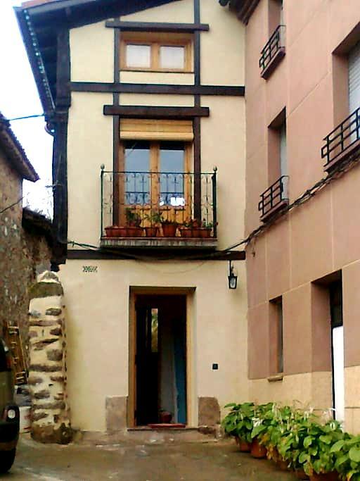 San Millan y los monasterios - Berceo