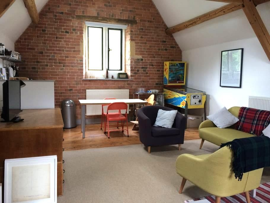 The Coach House Loft - Cotswold bolthole - Moreton-in-Marsh - Apartamento