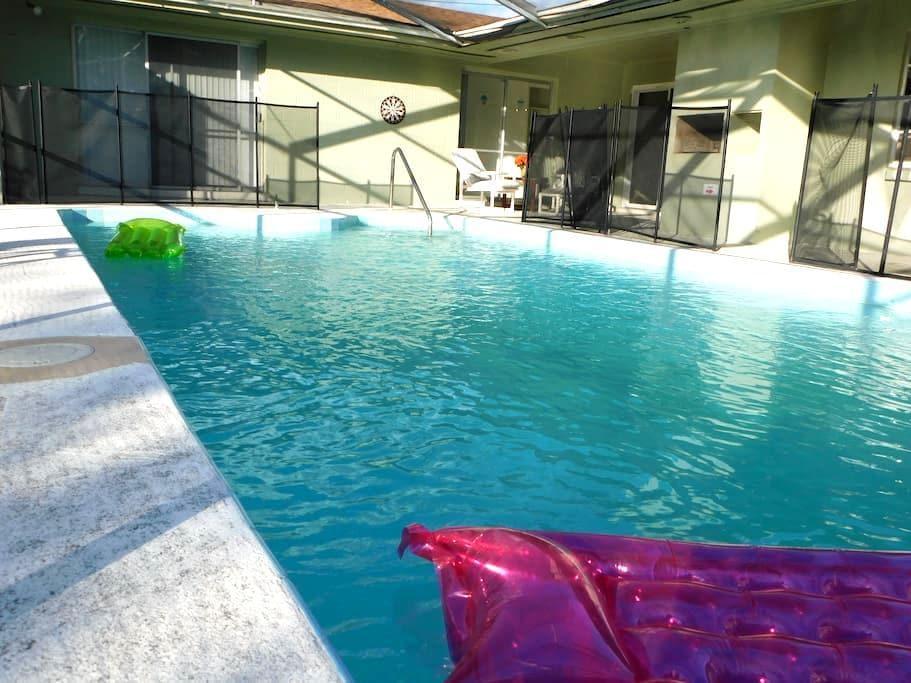 Oh... Soo Sweet Home!! By Universal! (HULK) - Orlando - Hus