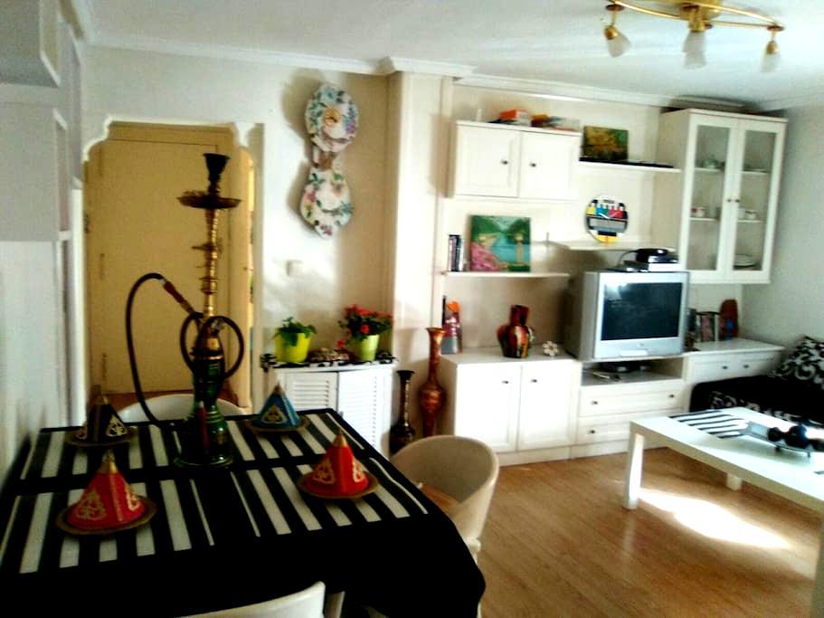 Habitación amplia y económica. - Aranjuez - Rumah