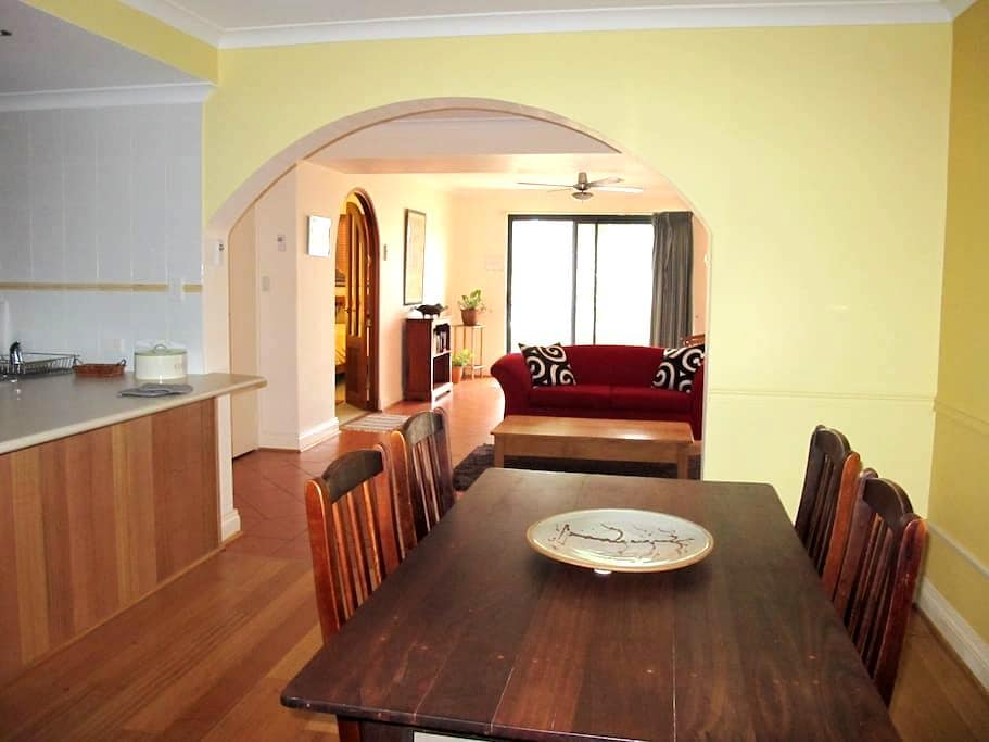South Fremantle Cafes & Beach - Beaconsfield - Daire