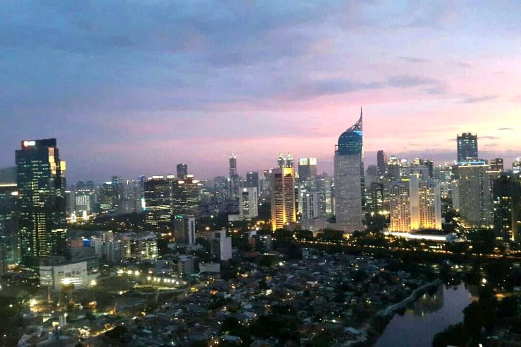 Sudirman Central Downtown CBD Prime Location Apt - Central Jakarta - Leilighet