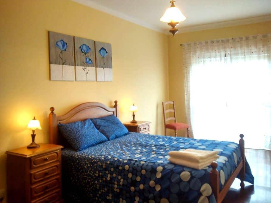 Cozy 2BD apart. WI-FI (Caldas Guesthouse 12377) - Caldas da Rainha - Apartment