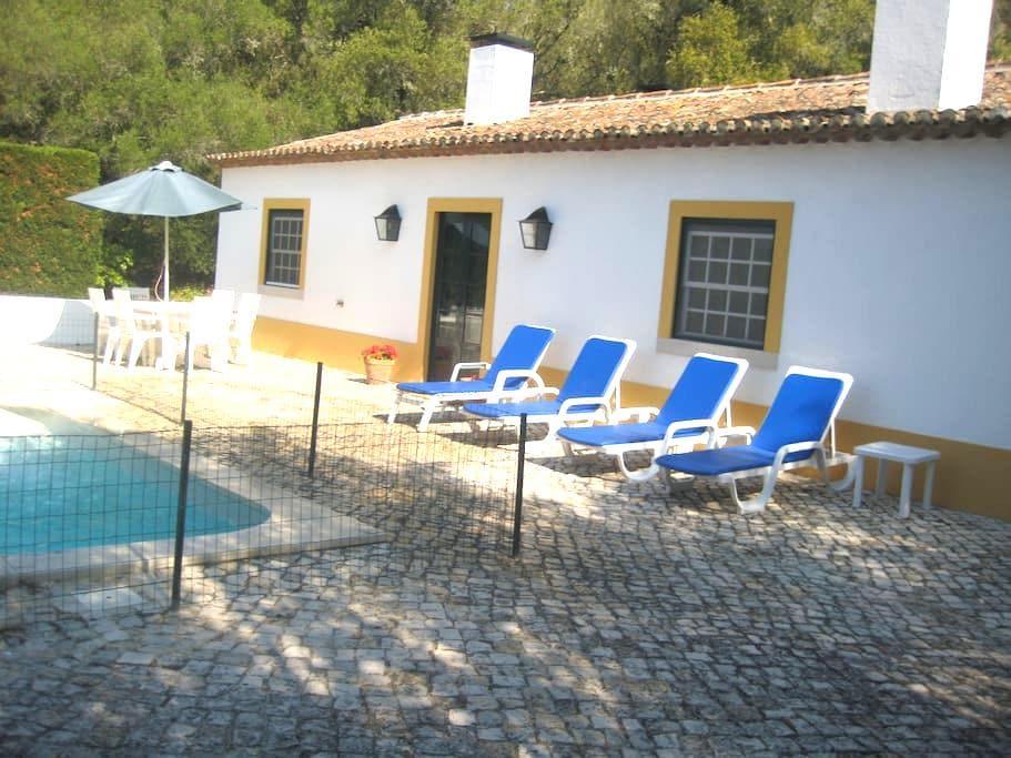 Casa rústica, piscina, jardim vista - Sintra - Villa