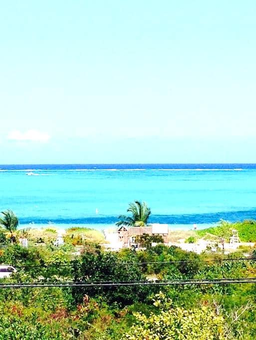 Amazing Ocean View/Steps to Beach - Providenciales, Turks and Caicos islands