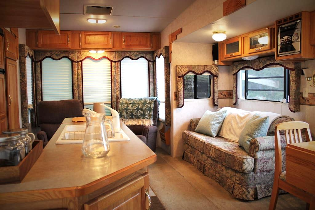 Woodinville Home on Wheels - Woodinville