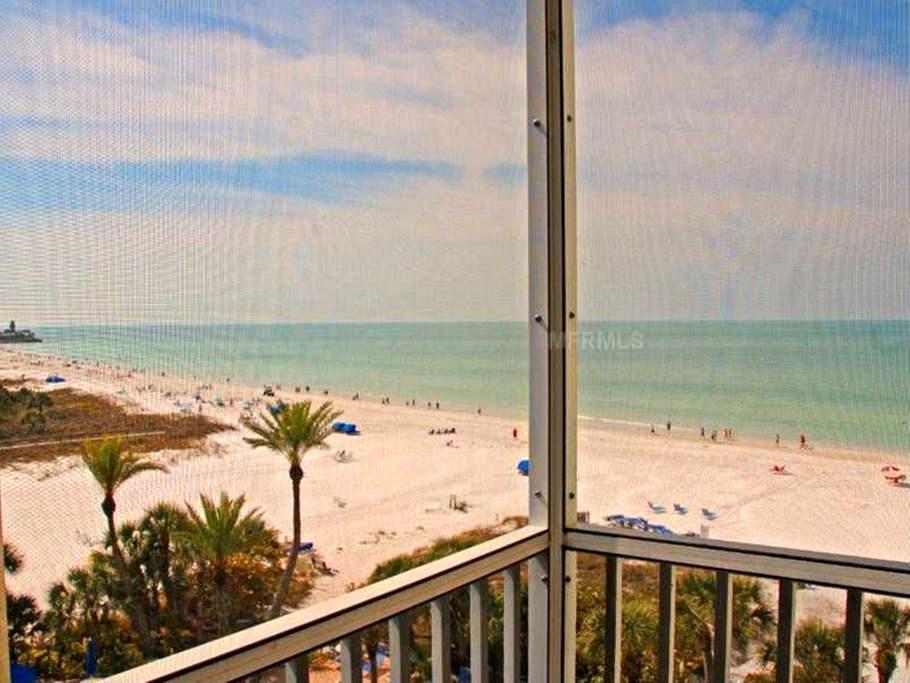 2 BR/2BA Beachfront condo.  Panoramic Gulf Views! - Siesta Key - Apartament