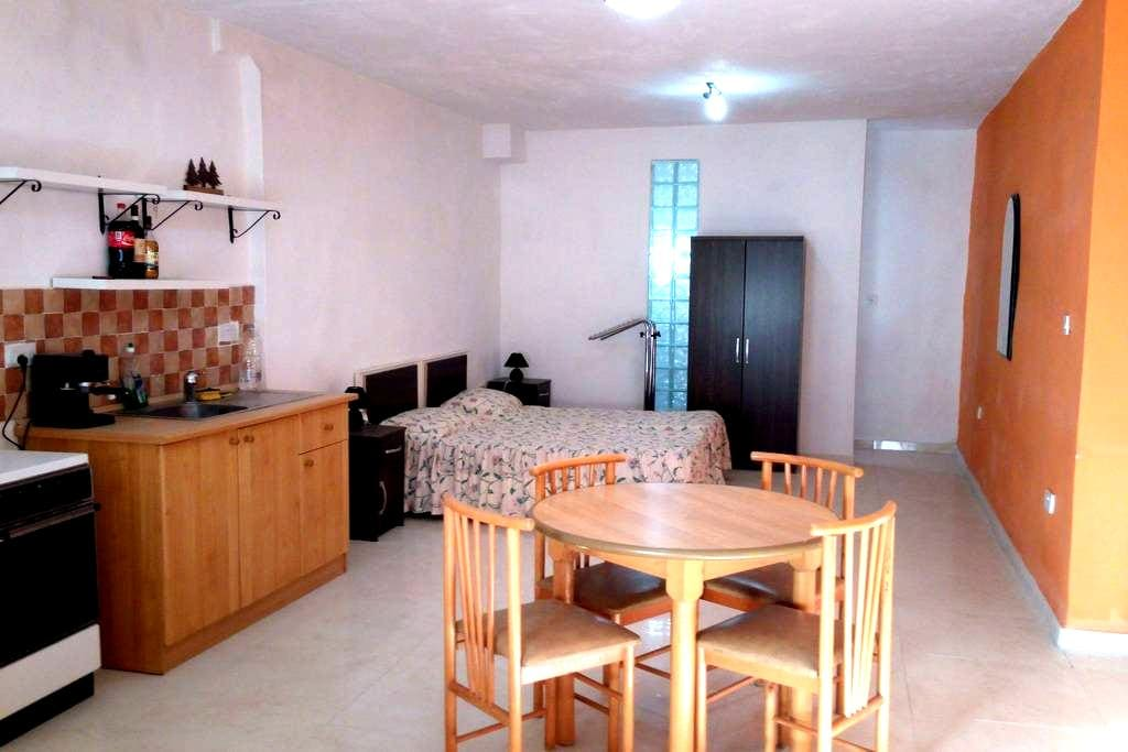 Studio apartment - Il-Mellieħa - Departamento