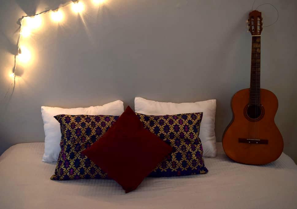 Cozy room @Pondok Idi Kost - Bogor Timur - Pension