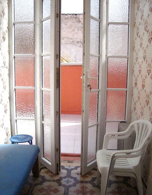 Flat for two & Large sunny terrace - Faro - Daire