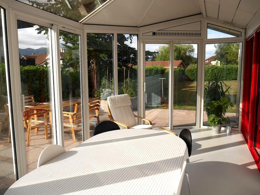 Bel appartement meublé dans villa - Ornex