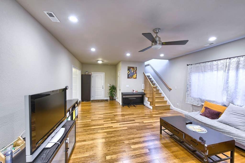 桑尼维尔市 阳光大卧室 内有独立洗手间 - Sunnyvale - Maison