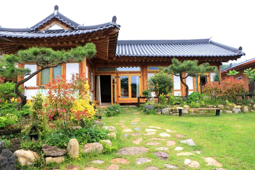 노랑방 - 소나무.황토.숯으로만 지은 친환경  한옥주택에서 힐링하세요 - Noan-myeon, Naju-si