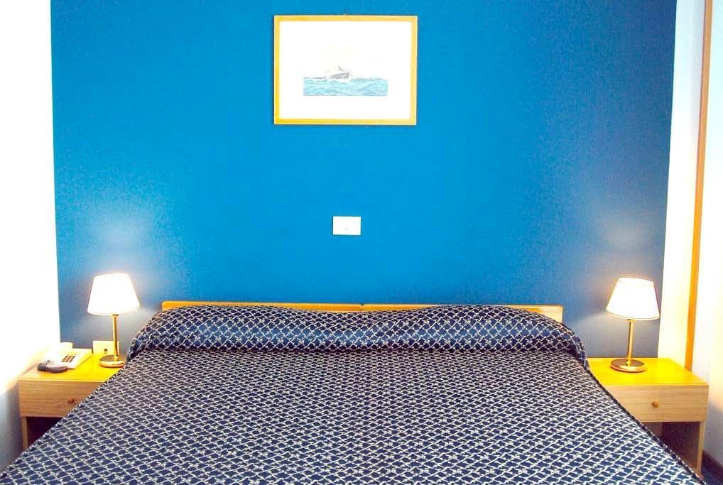 Il mio Hotel, la tua casa in Umbria - Passignano Sul Trasimeno - Bed & Breakfast