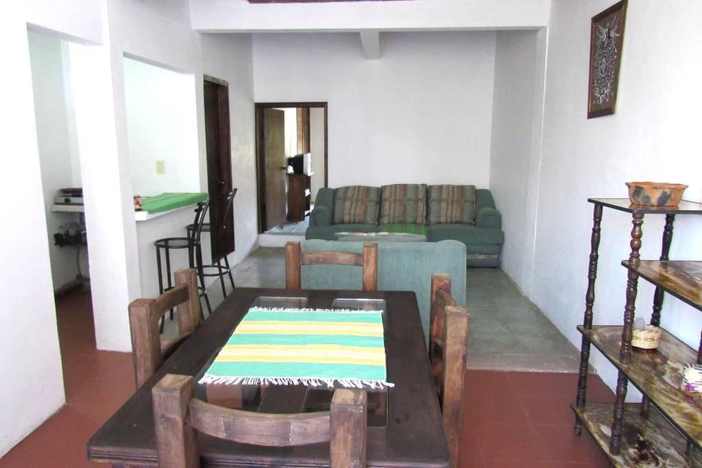 Cómodo, Agradable y vista al jardín - Santa Cruz Xoxocotlán - Apartment