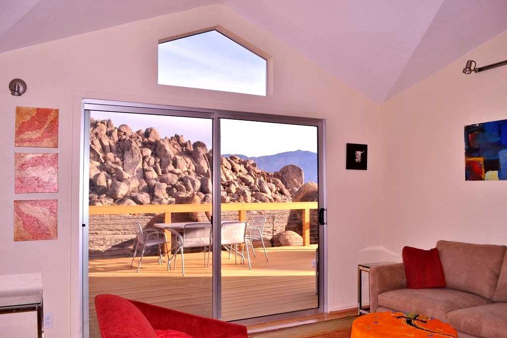 Elegant home on 3 spectacular acres - Lone Pine - Haus