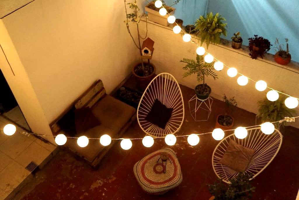 Mini depa con terraza ¡super ubicación! - Zapopan - Lägenhet