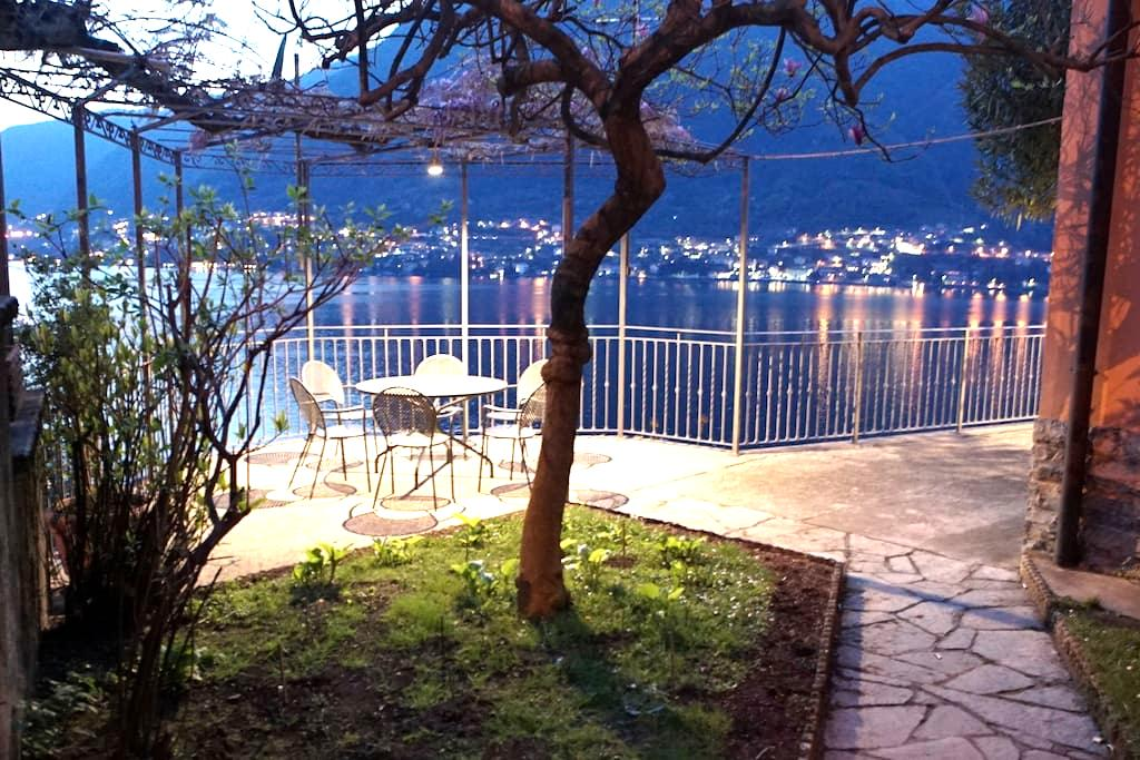 Amazing View Villa with Garden&Cave - pognana lario